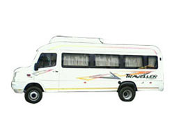 18-seater-luxury-forcetraveller