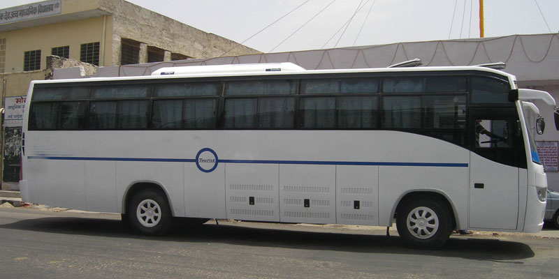 hire-a-21-seater-non-ac-bus