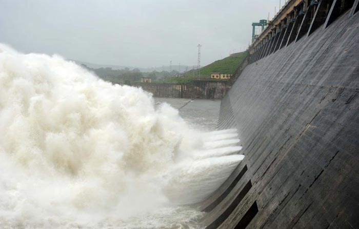 Hirakud Dam - Odisha Photo Gallery - Bhubaneswar Cab Rental